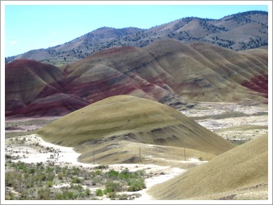 Central Oregon Painted Hills01.jpg