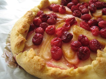 Cranberry Pear Pie 003.jpg